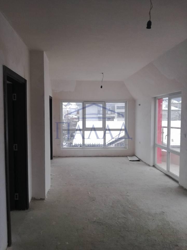 Четиристаен апартамент Аспарухово